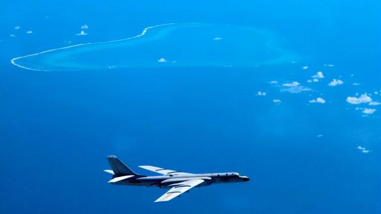 """美媒披露:美国航母每次进入南海,中国轰炸机就都前来""""迎接"""""""