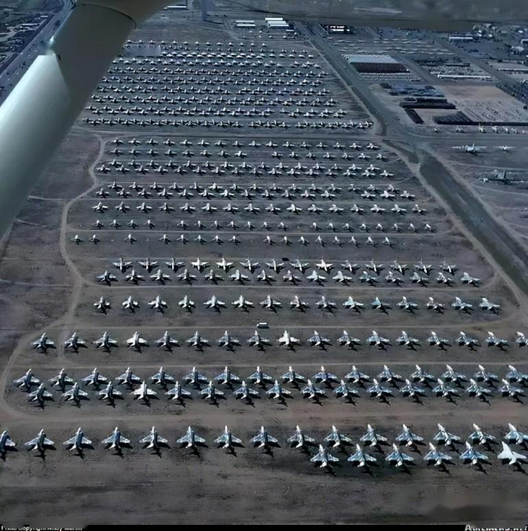 世界最大的空军坟场,一旦开战,可让四千架飞机重新投入战场