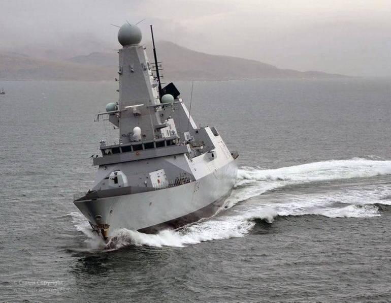 怒刷存在感!英国航母走了驱逐舰又来,45型想在西太平洋趴窝吗?