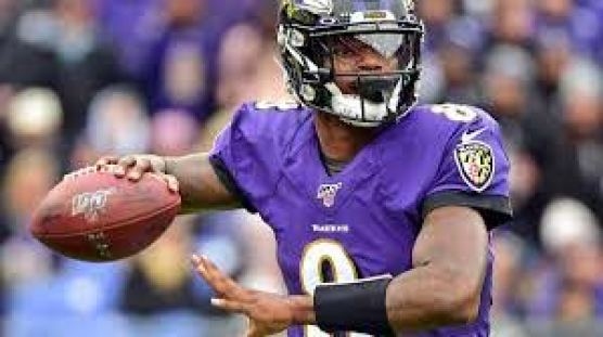 Ravens offensive coordinator reveals what he wants to see Lamar ...