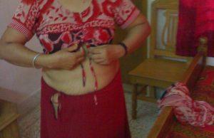 Indian wife hike tight petticoat