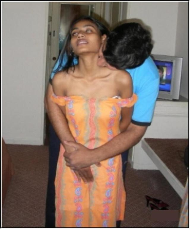 hot bengali school girl ki transparent bra