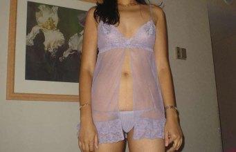 mallu moti girl nude boobs removing nighty