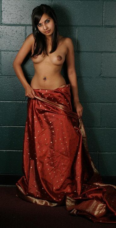 Indian Girl Removing Petticoat Blouse Hot Porn Xxx Picture-4350