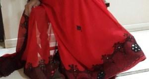 Saree wali aunty exposing boobs