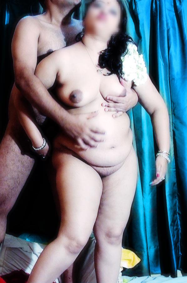 Village Moti Aunty Xxx Sex Photo - Fat Lady Latest Collection-2553