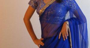 Desi college girl transparent saree