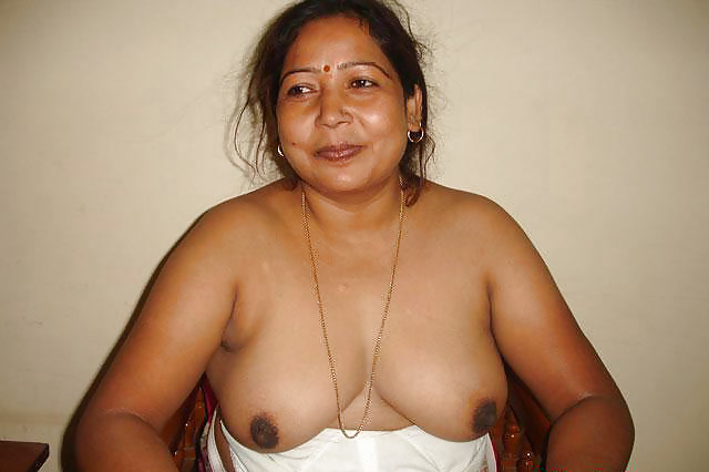 Village Moti Aunty Xxx Sex Photo - Fat Lady Latest Collection-7189
