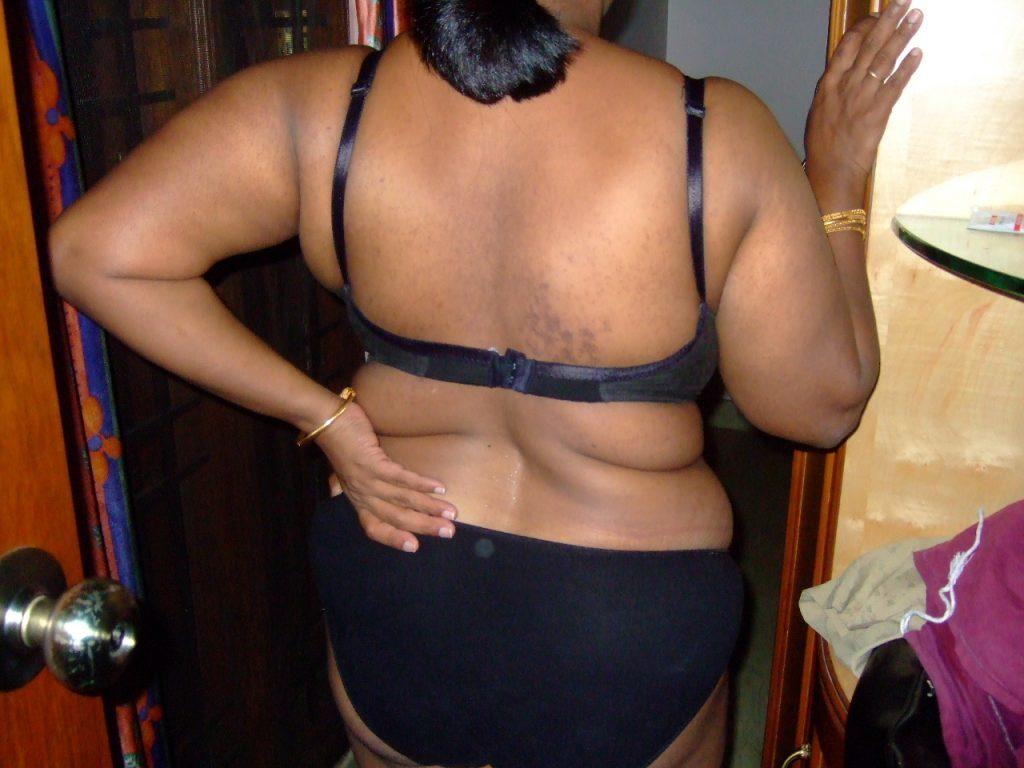 Desi Girls Hot Back Bra Photos  New 2017 Sex Gallery-8680