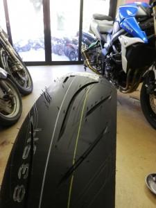 gsr750_tire_change-5