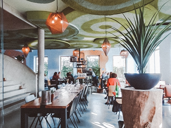 restaurant DARA AMERSFOORT: RESTAURANT IN MODERNE OOSTERSE SFEREN BIJ HET EEMPLEIN