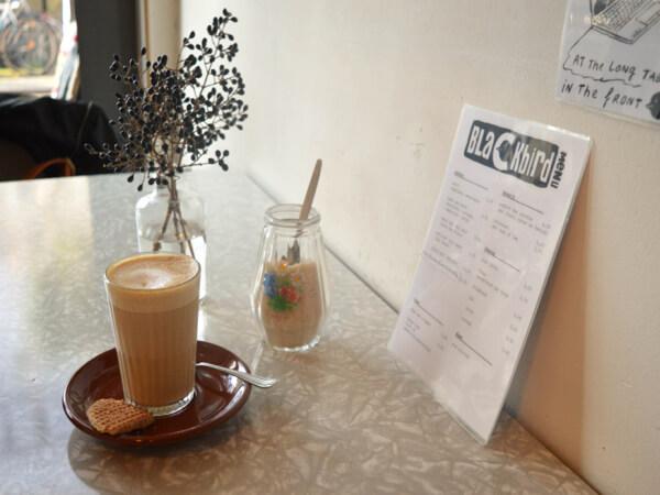 BLACKBIRD COFFEE & VINTAGE UTRECHT