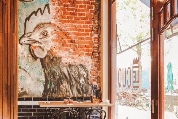 LECUQ GRONINGEN: KIP & BIER HOTSPOT IN HARTJE CENTRUM
