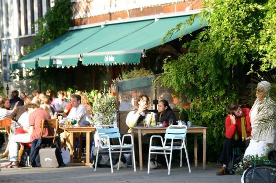 terrace of cafe binnen buiten amsterdam
