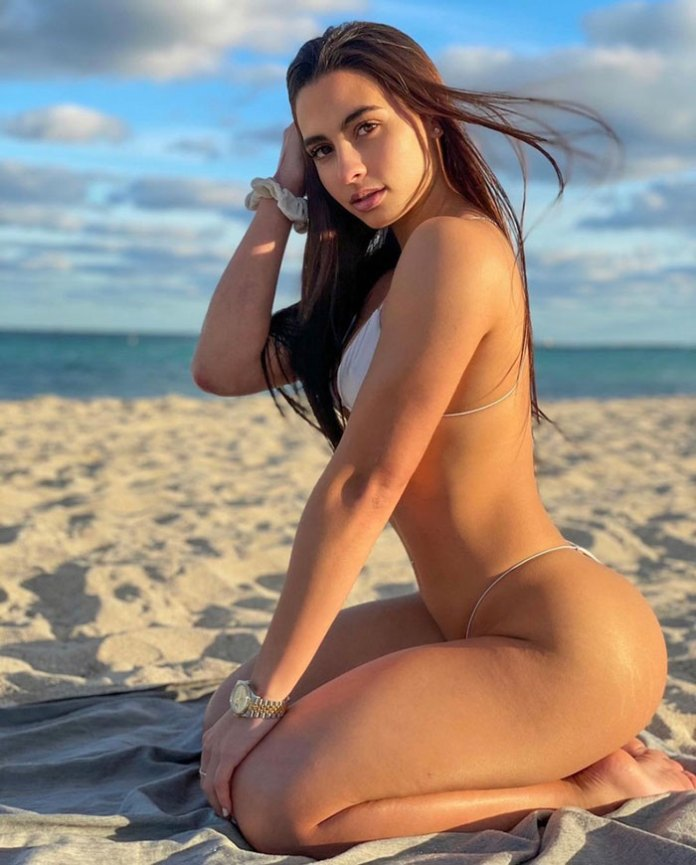 María Arzola HotSweetHome