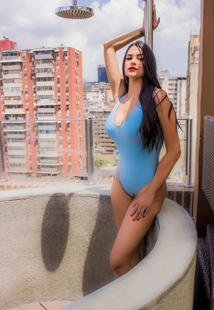 Jennise Delgado - HotSweetHome