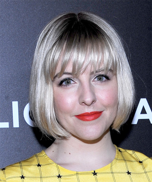 helene-yorke-short-straight-bob-hairstyle