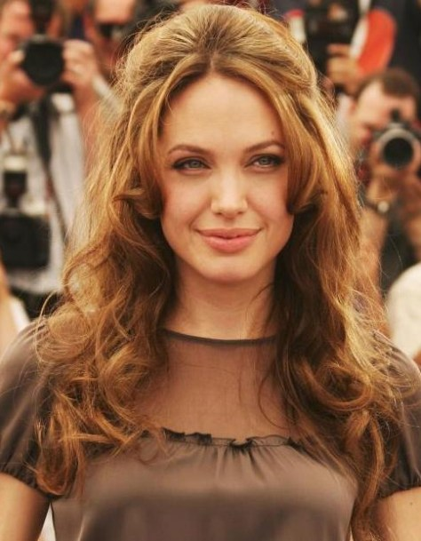 angelina-jolie-hairstyles