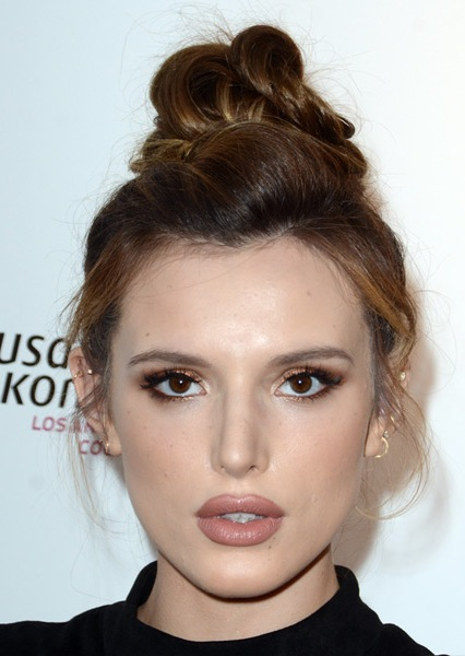 bella-thorne-casual-straight-updo-hairstyle