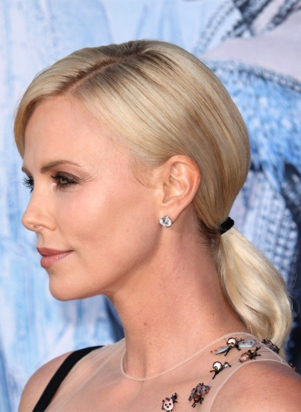 charlize-theron-casual-straight-updo-hairstyle