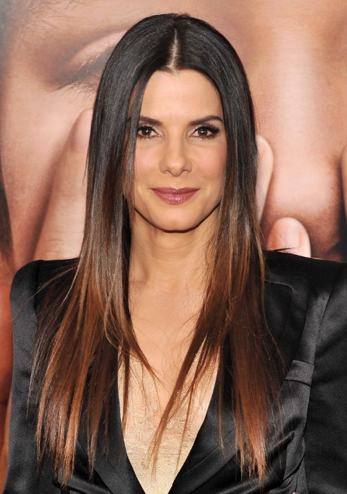 long-sleek-middle-part-hairstyle-for-women-over-50s