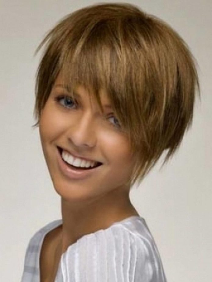 short-hairstyles-for-curly-and-straight-hair