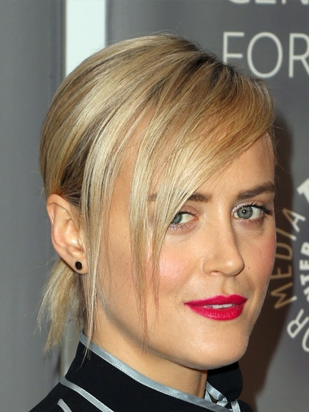 taylor-schilling-casual-wavy-updo-hairstyle