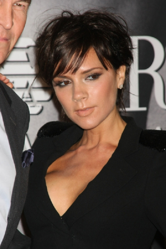 victoria-beckham-hairstyles-short-hair