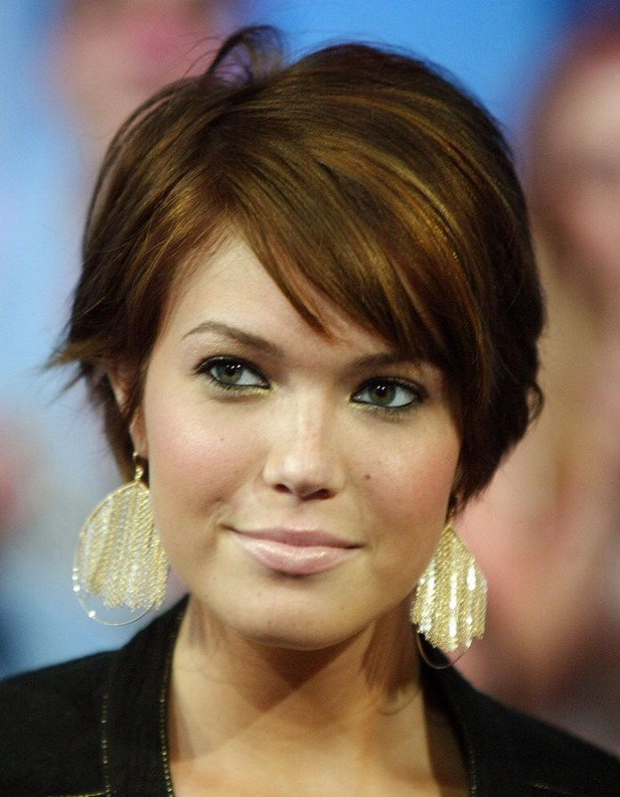 short-hairstyle-for-thick-hair