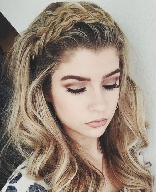 Long Wavy Hairstyle with a Braided Headband