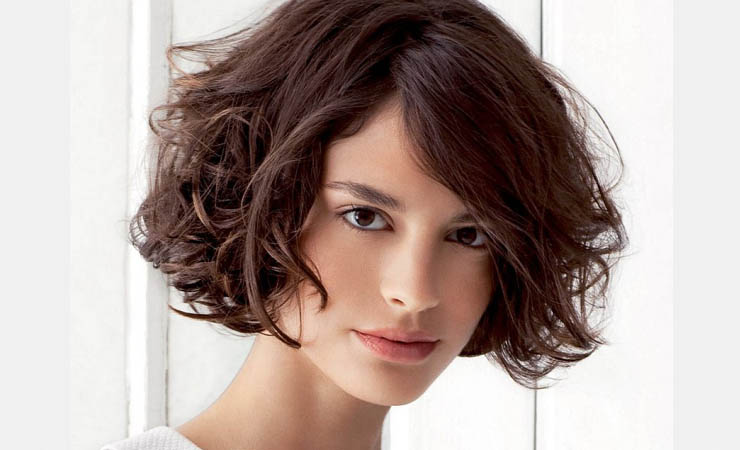 Men Hairstyles: 21 Stylish And Glamorous Curly Bob Hairstyle For Women