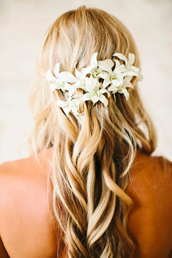 25 Trendy and Beautiful Beach Wedding Hairstyles - Haircuts ...