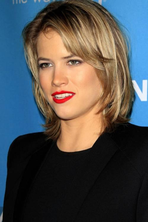 Blonde Short Layered Hair