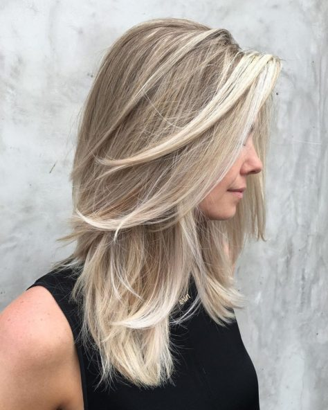 Ash Grey Medium Wavy Hairstyle
