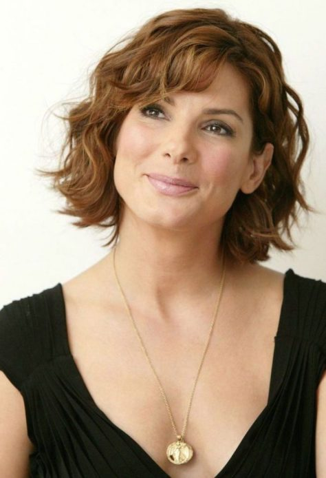 Short Wavy Hair for Older Women