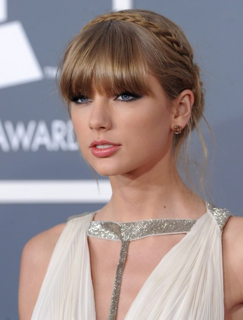Taylor Swift Greco-Roman Look HairStyle