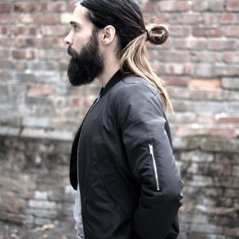 Ponytail with Twisted Knot