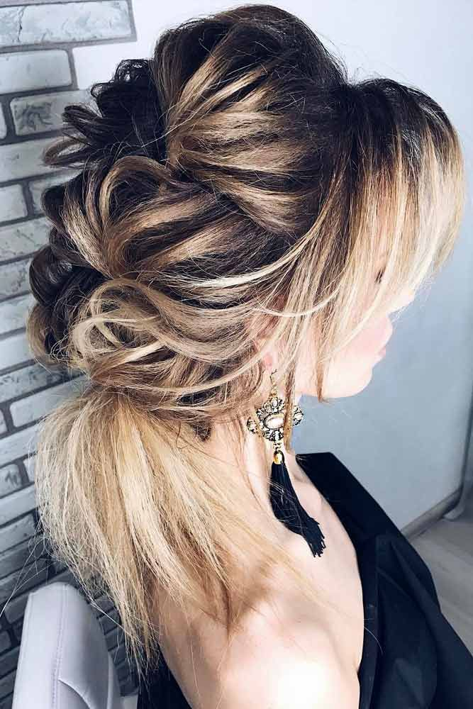 Gorgeous Updo Hairstyle for Medium Hair