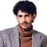 18 Curly Hairstyles for Men To Look Charismatic