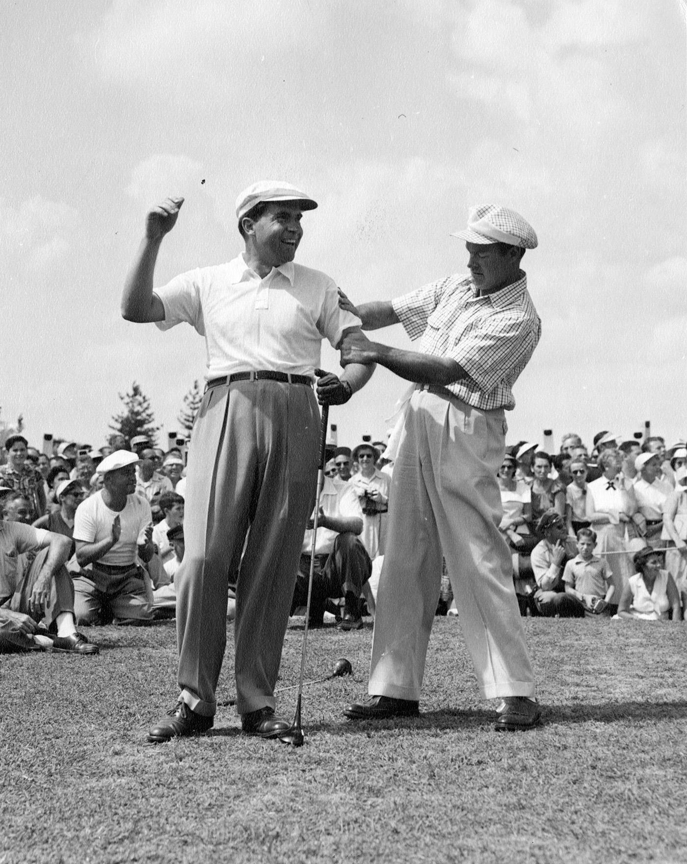Richard Nixon Bob Hope golf again