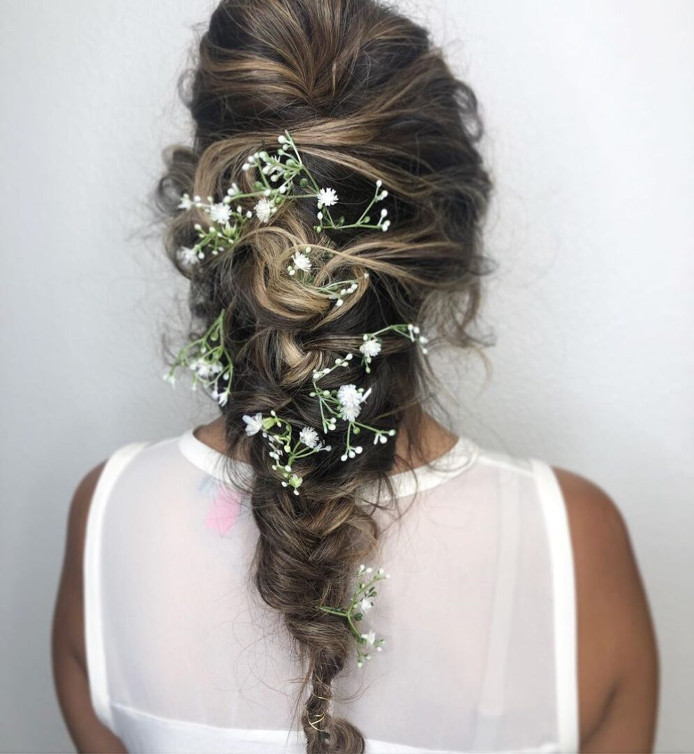 "FEATURED ON YOUR TANGO ""30 BEST BRIDESMAID WEDDING HAIRSTYLE IDEAS"""