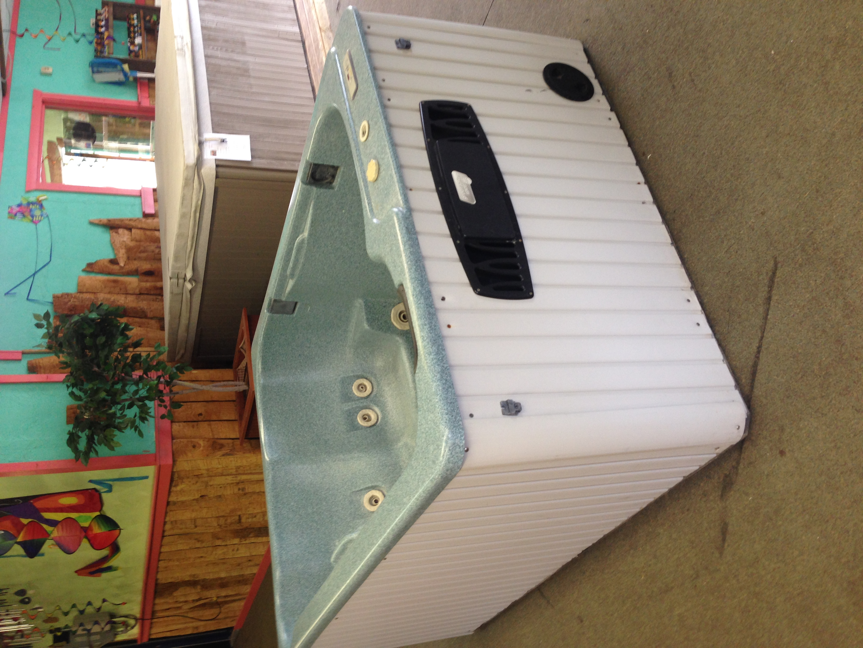 Great Lakes Hot Tub used