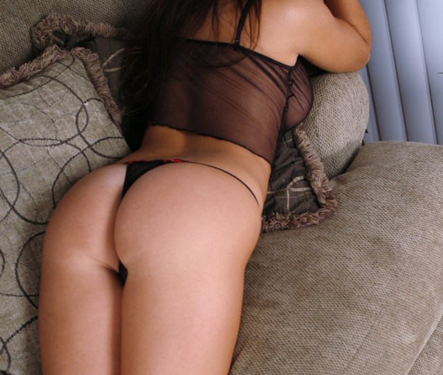 Hotty Stop Next Door Amy Shows Off Her Amazing Ass In A Seethrough Thong