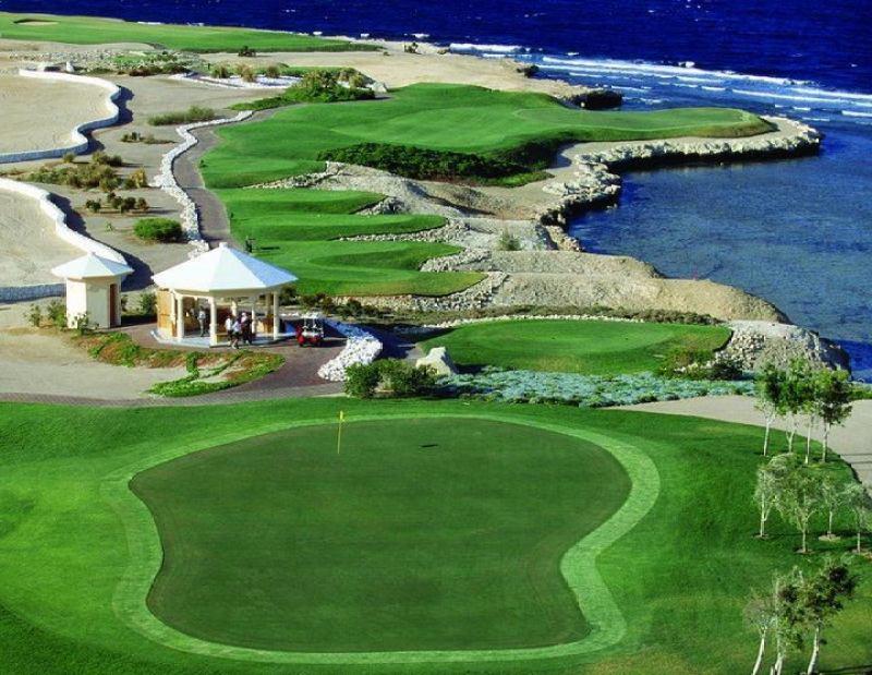Туры в Сома Бей в апреле гольф