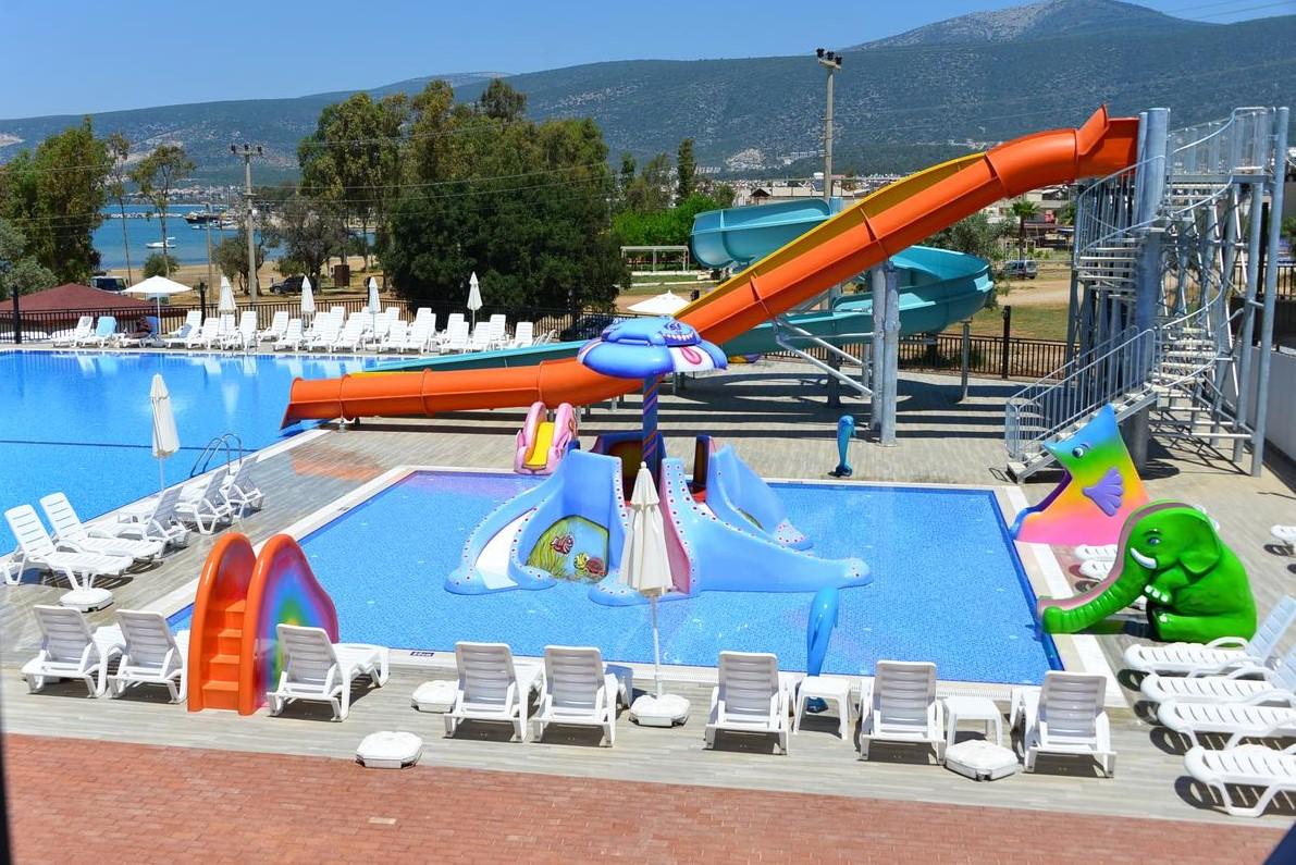 Фото нового отеля в Турции Akbuk Ada Resort Hotel 5* , аквазона