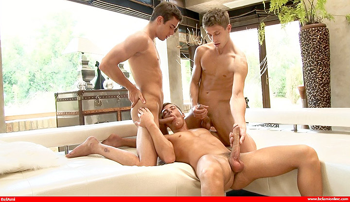 Offensively Large – Jack & Joel & Claude