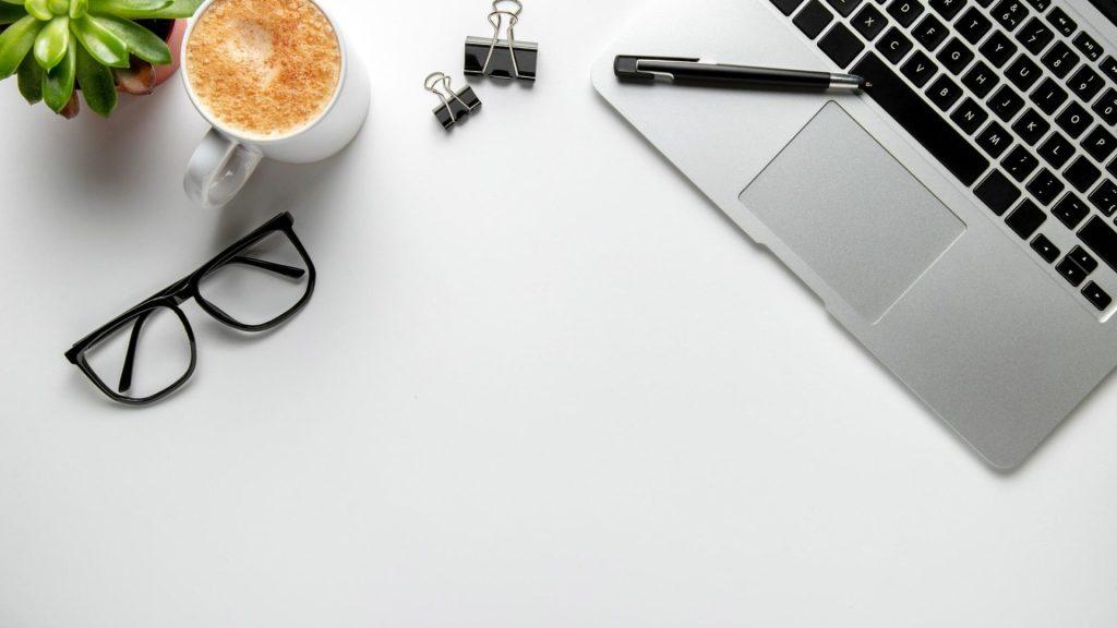 Image Podcast – 3 Outils pour Améliorer son Relationnel : DISC, CNV & Assertivité – houefagbaguidi.com