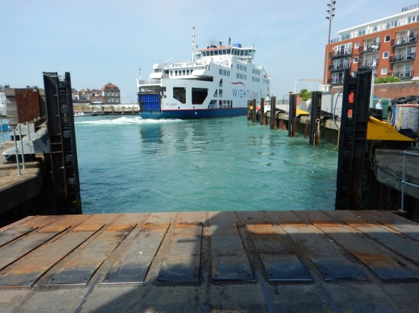 Ferry double-deck loading operation