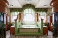 Modern bathroom design: Art nouveau bathroom  HOUSE INTERIOR