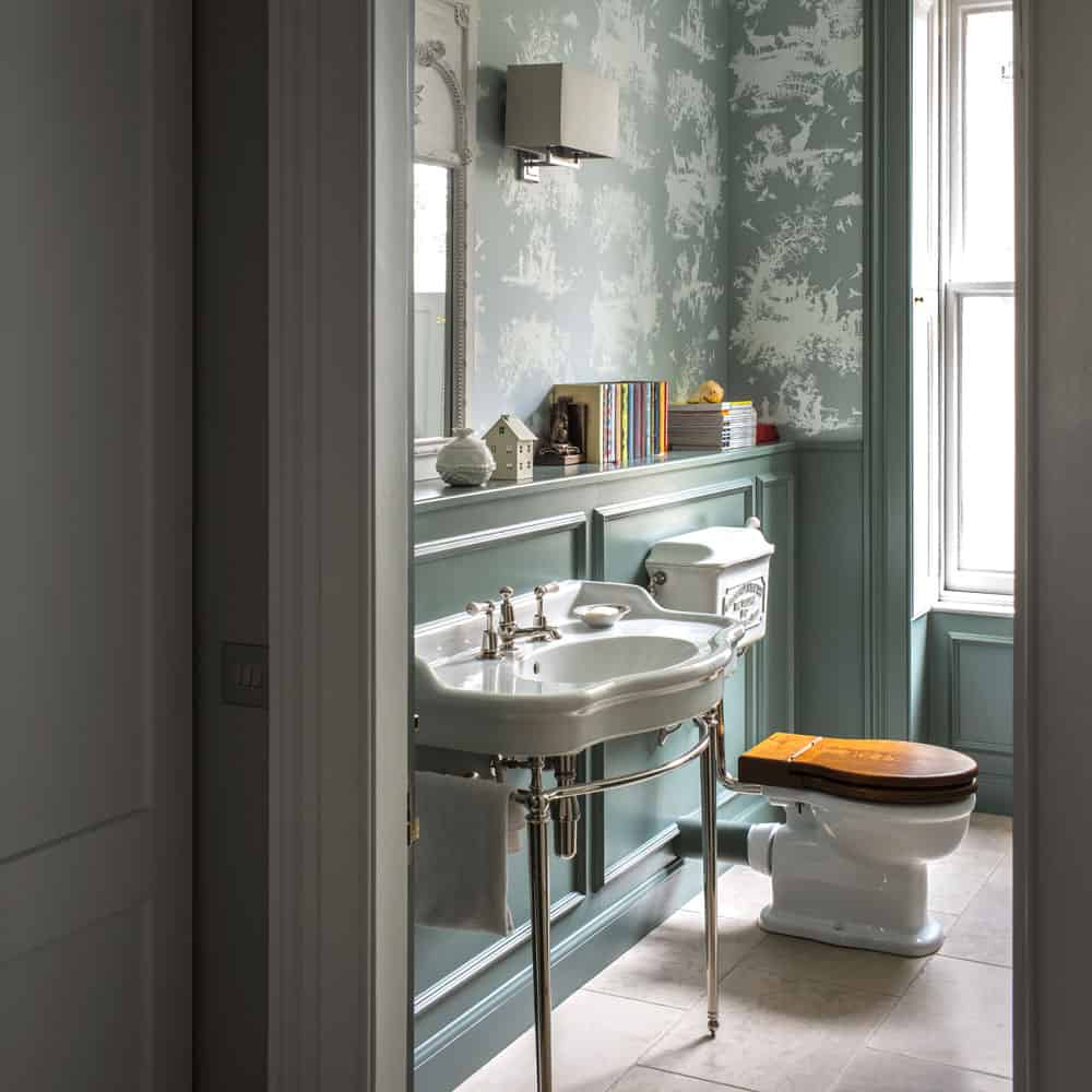 The Best 16 Small Bathroom Trends 2021 That Are Rule-Breaking